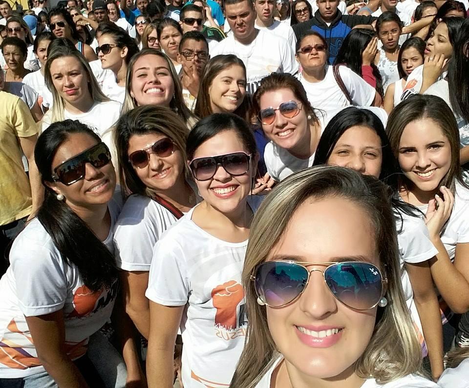 Comunidade evangélica realiza caminhada em Jacareí