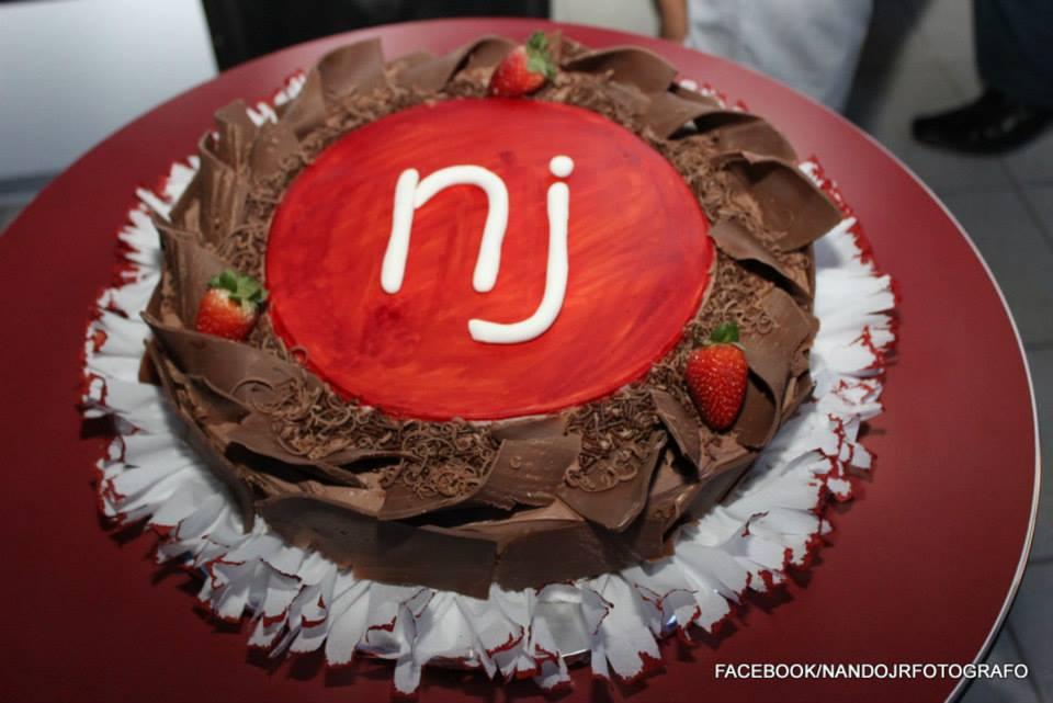 NJ comemora 4 anos em grande estilo