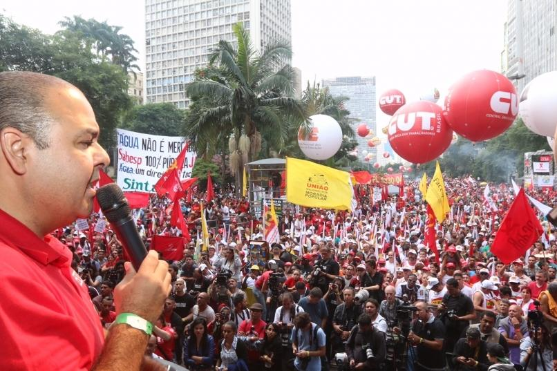 Metalúrgicos da GM, Embraer e Avibras iniciam protestos no Dia Nacional de Paralisação