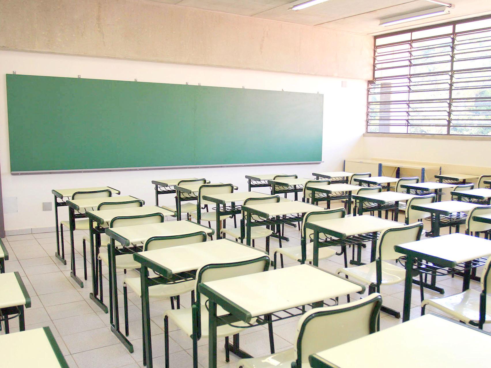 Faltam muitas respostas para reforma do ensino médio, diz presidente de Conselho