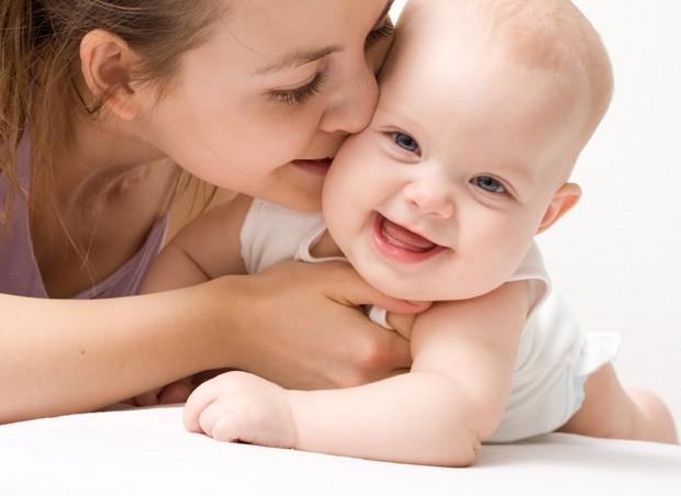 Semana do Bebê traz palestras sobre linguagem, afeto e contação de histórias