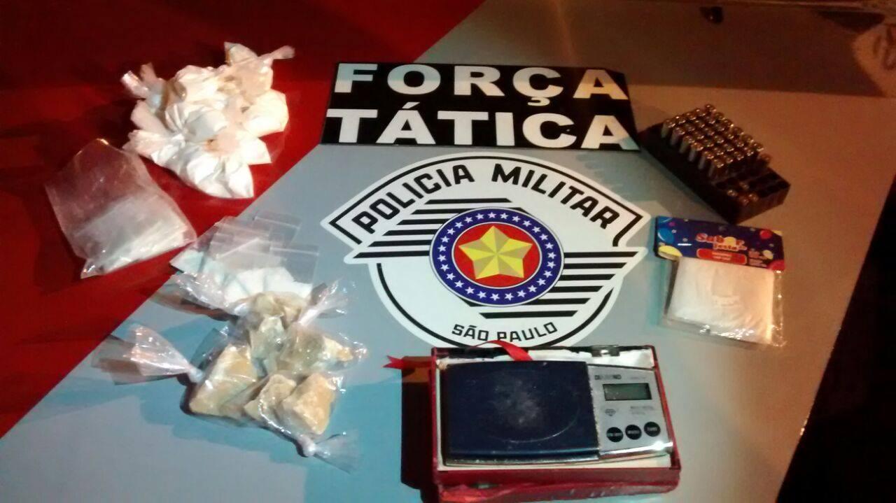 Homem que guardava drogas em um guarda-roupa é preso em Jacareí