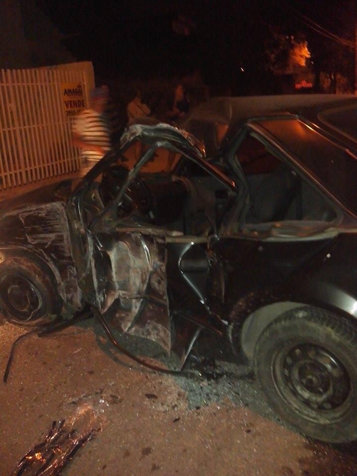 Jovem de 17 anos bate o carro e morre em Jacareí