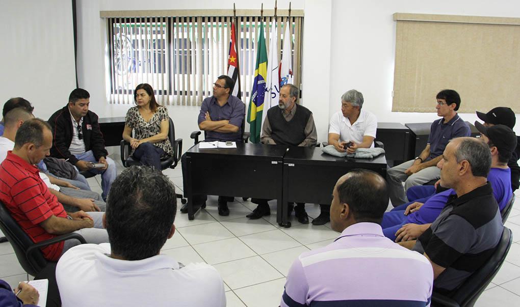 Vereadores recebem pedido de sindicato pela manutenção de empregos em Jacareí