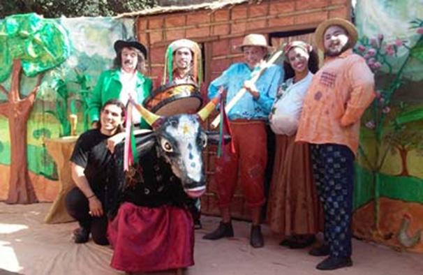 Praça do Jardim Jacinto recebe 'Tião e a Língua do Boi ' neste sábado