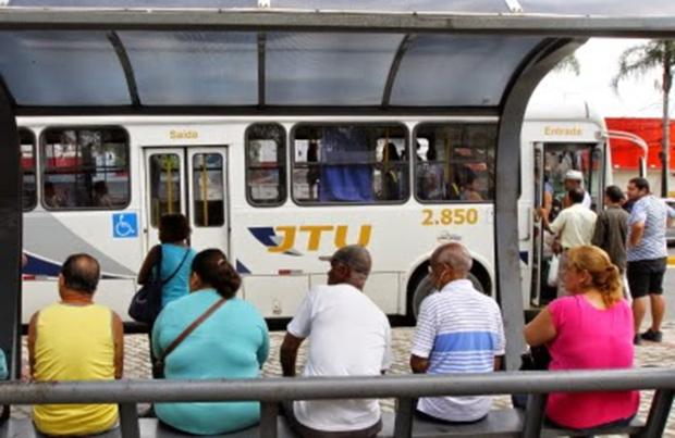 Vereador convoca população para audiência sobre reajuste na passagem de ônibus