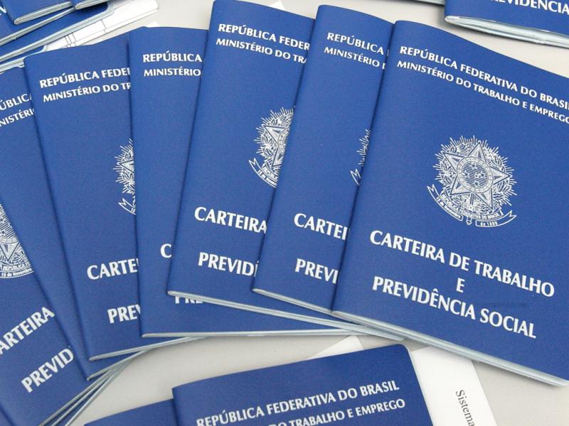 Pesquisa do IBGE aponta subida no número de desempregados no Brasil