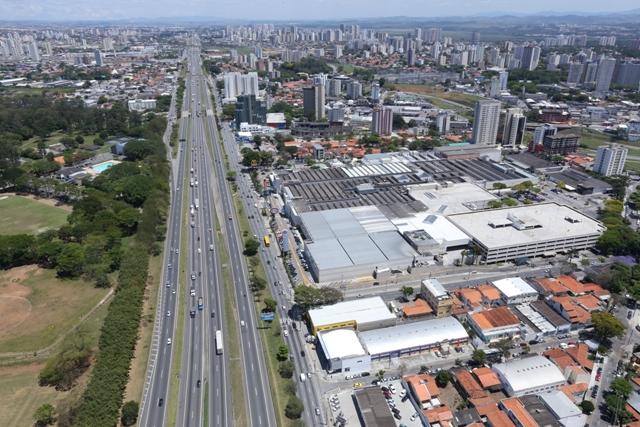 Obras de modernização do Viaduto dos Remédios têm início na pista sentido São Paulo da via Dutra, em Jacareí