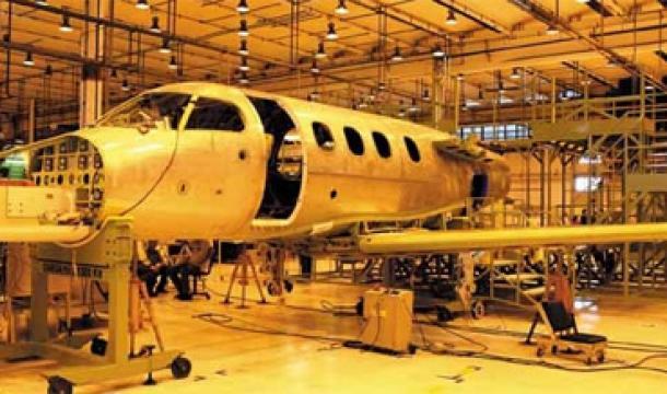 Prejuízo da Embraer cai de R$ 387,7 milhões para R$ 111,4 milhões