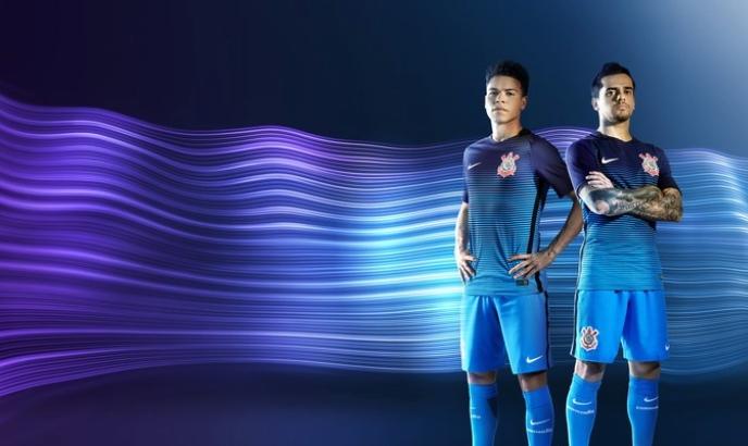 Corinthians estreará camisa azul contra Coritiba