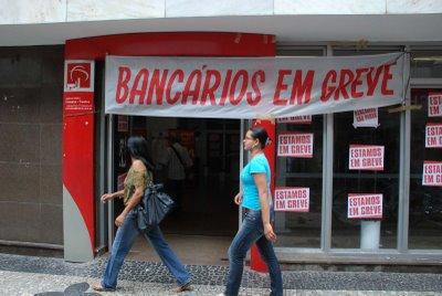 Bancários não aceitam nova proposta salarial e greve continua