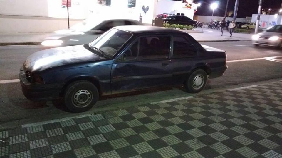 Homem tenta fugir, mas é preso pela Força Tática com carro furtado em Jacareí