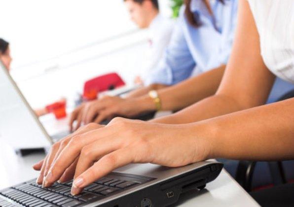 Universidade de Jacareí oferece um mês de aulas gratuitas em EAD