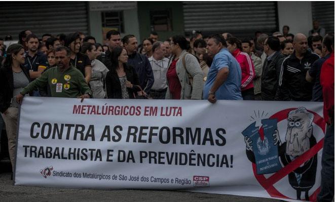 Metalúrgicos param contra reformas do governo Temer