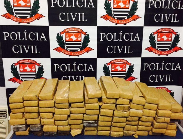 Polícia Civil apreende 85 tijolos de maconha em um barraco no Rio Comprido