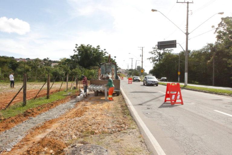 Prefeitura realiza recapeamento na Avenida Lucas Nogueira Garcez