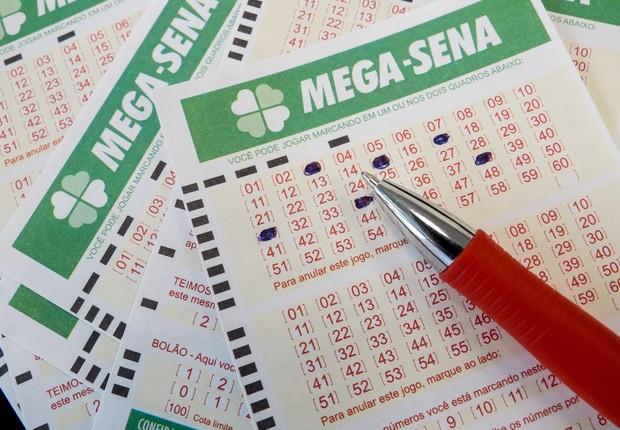 Ninguém acerta as seis dezenas da Mega-Sena e prêmio vai a R$ 275 mi