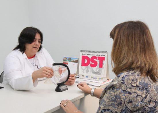 Campanha em Jacareí oferece testes rápidos de HIV e Sífilis nas unidades de saúde