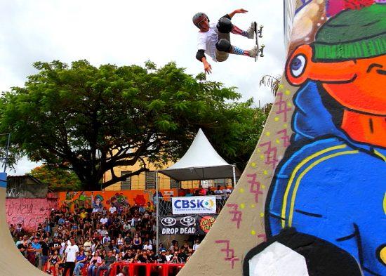Marcelo Kosake e Rony Gomes vencem etapa do brasileiro de skate em Jacareí