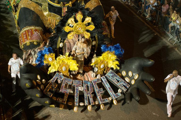 Estrela Cadente brilha e fatura o Tri do Carnaval em Jacareí