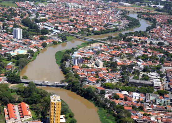 Jacareí recebe doação de área do Estado para a construção da terceira ponte
