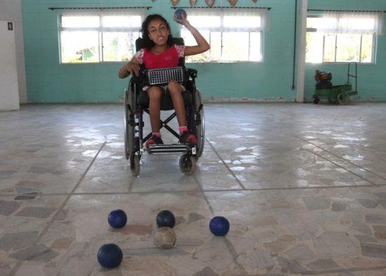 Estudante representa Jacareí pela primeira vez em jogos paralímpicos do JESP