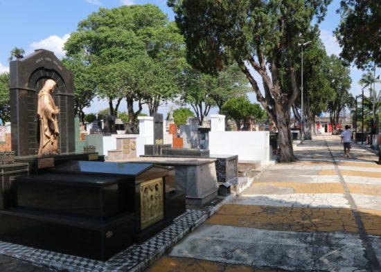 Cemitérios de Jacareí terão missas e cultos no Dia de Finados