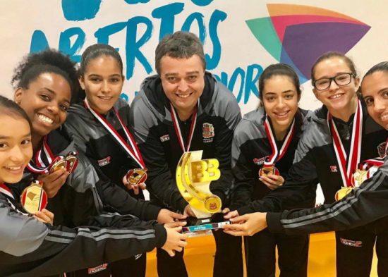 Jogos Abertos: Tênis de mesa é ouro no feminino por equipe e duplas