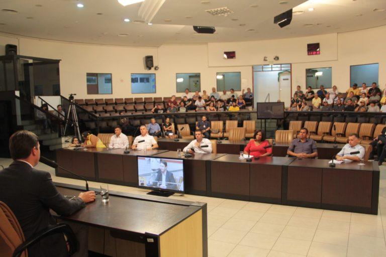 Comissão de Obras, Serviços Públicos e urbanismo discute transporte público coletivo em audiência na Câmara