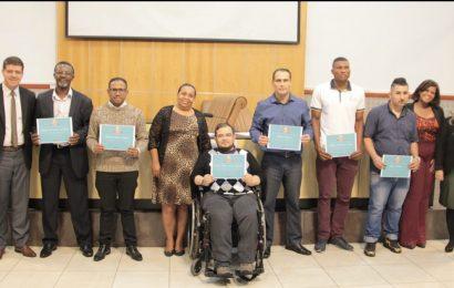 Câmara de Jacareí homenageia munícipes que superaram o vício das drogas