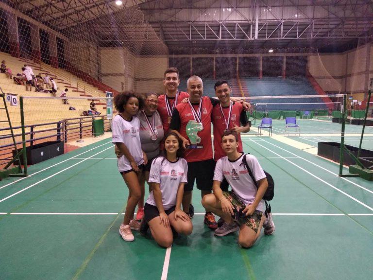 Badminton jacareiense fatura dois ouros, uma prata e garante o vice nos Jogos Abertos