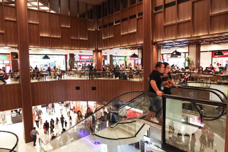 Colinas Shopping anuncia Black Friday com estacionamento 50% off, descontos de até 80% nas lojas, shows gratuitos e sorteios de vales-compra de R$ 5.000
