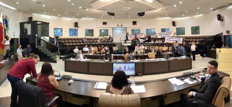 Câmara vota parecer do TCE sobre contas de 2001 do ex-prefeito Marco Aurélio