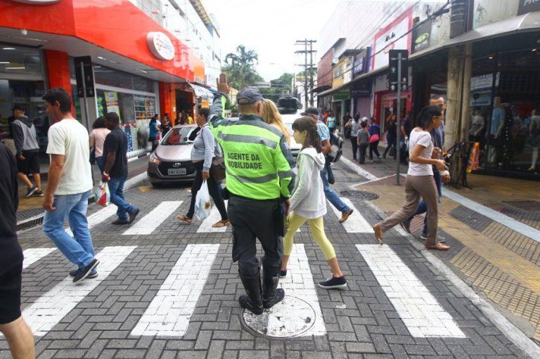Apoio ao trânsito e segurança são reforçados no Centro de São José