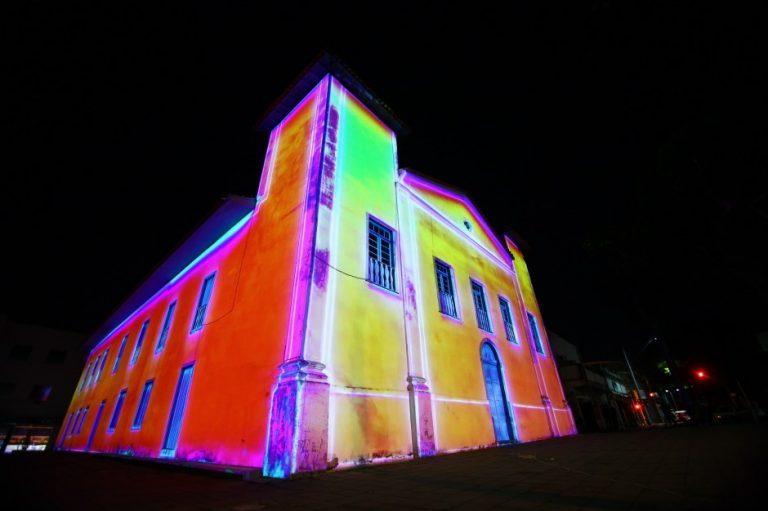 Projeção de vídeo na Igreja São Benedito em São José é atração nesta terça