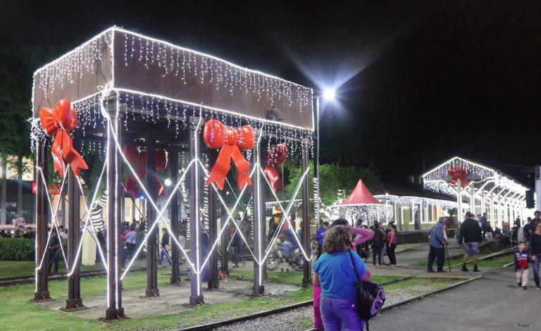 Fim de semana tem atrações natalinas em Jacareí
