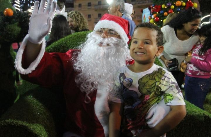 Papai Noel chega hoje em Jacareí