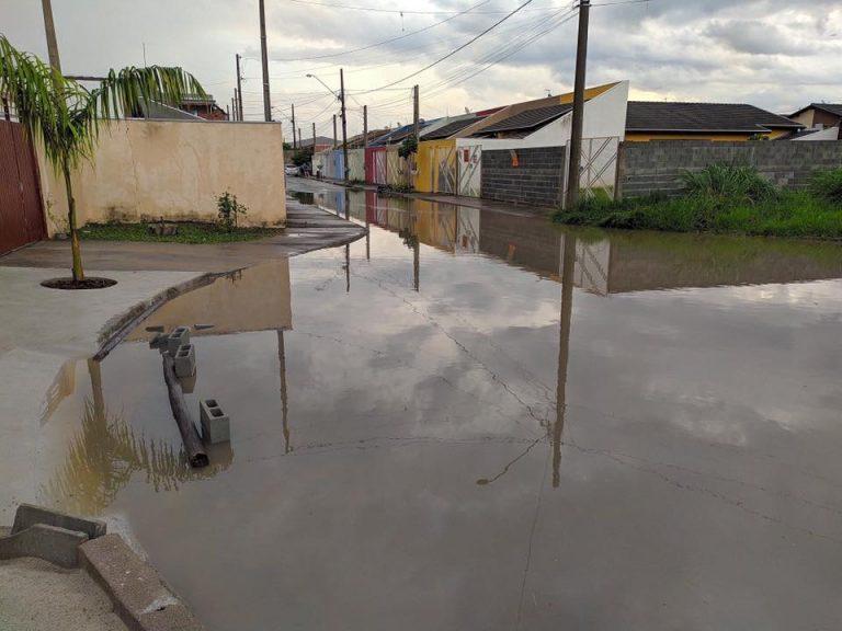 Risco de fortes chuvas deixa Defesa Civil de Jacareí em alerta