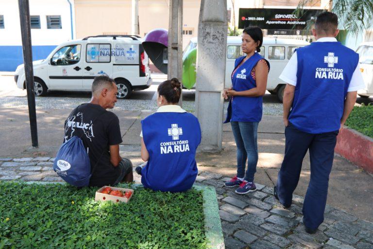 'Consultório na Rua' leva cuidados de saúde à população em situação de rua