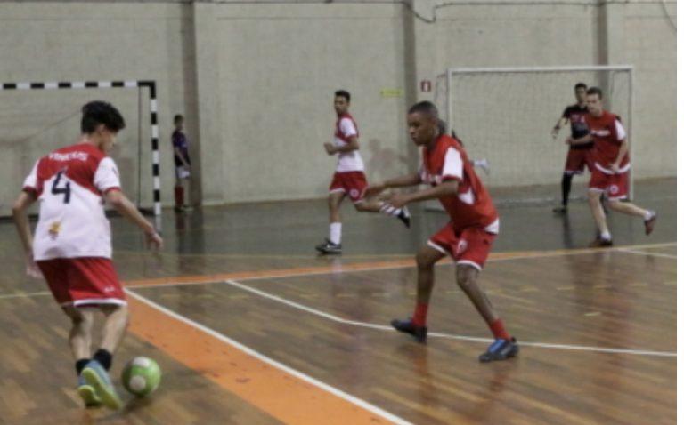 Jacareí promove seletiva de futsal