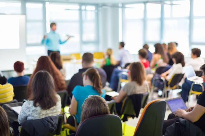 Universidade de Jacareí abre inscrições para cursos livres gratuitos