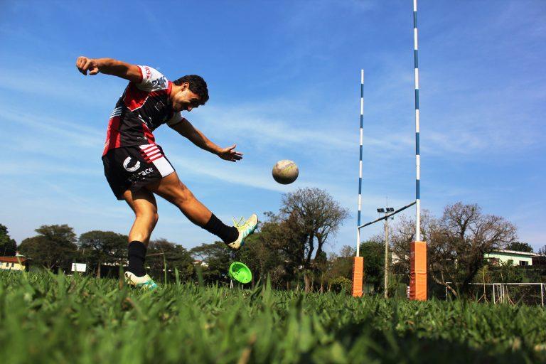 Exposição do Sesc conta histórias do esporte na região com presença do Jacareí Rugby