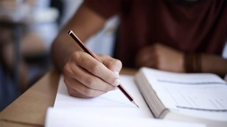Jacareí abre inscrições para o 'Programa de Bolsa de Estudo Municipal'