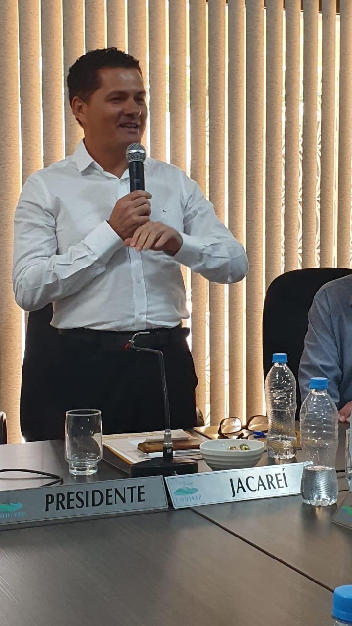 Prefeito Izaias Santana é eleito presidente do CODIVAP