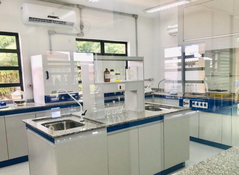 SAAE inaugura 3 laboratórios para análises e garantia da eficiência no tratamento de esgoto