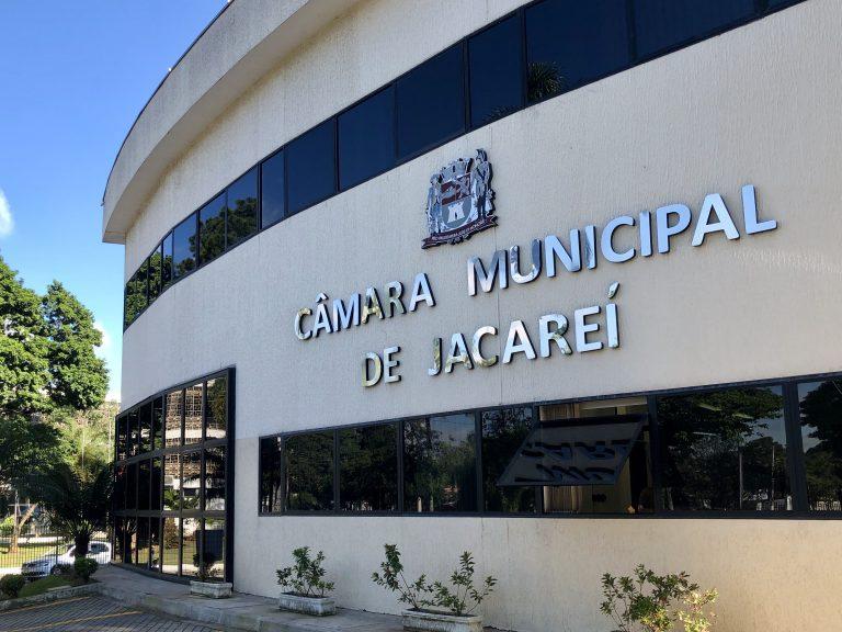 Vereador propõe liberação de comércio ambulante no entorno de cemitérios de Jacareí