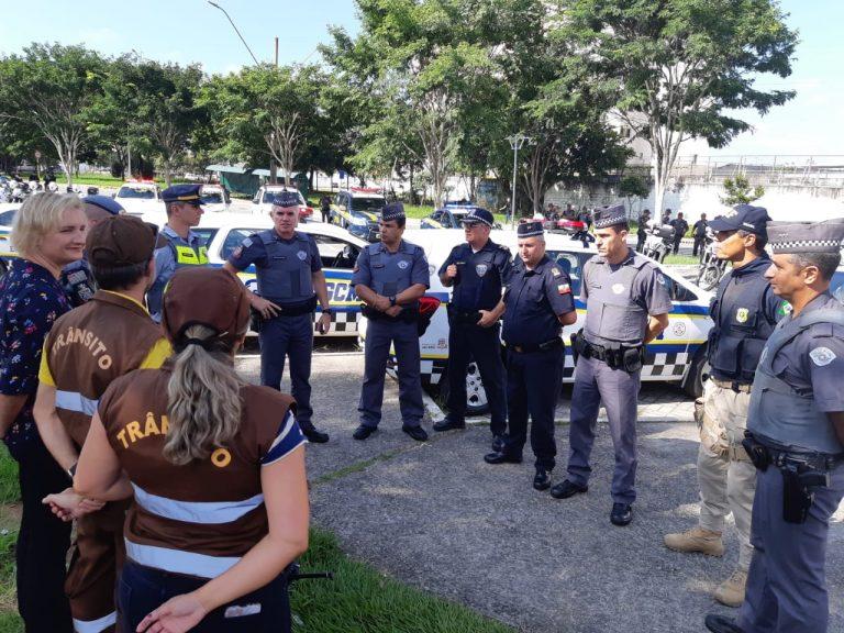 Operação da Polícia aborda mais de 100 pessoas em Jacareí