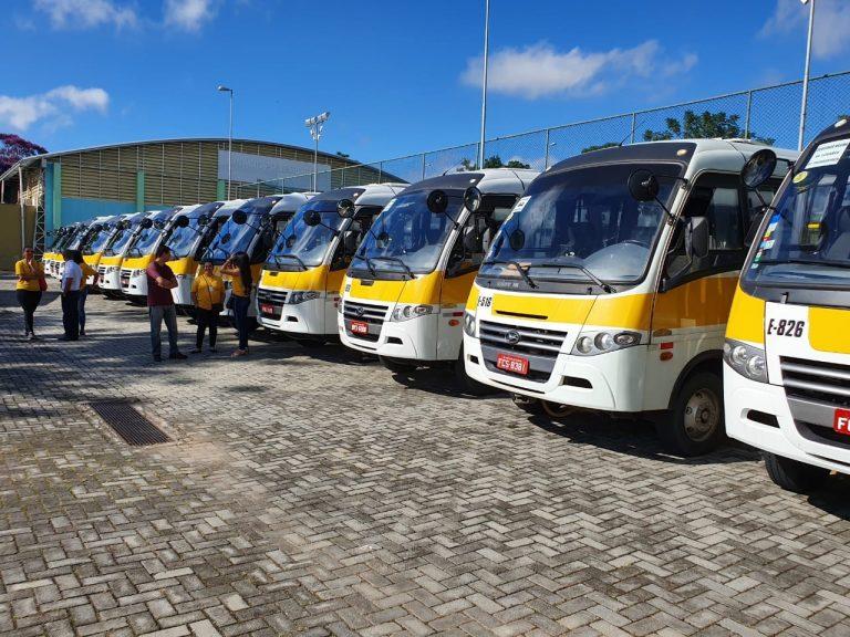 Jacareí recebe 30 ônibus novos para transporte escolar rural