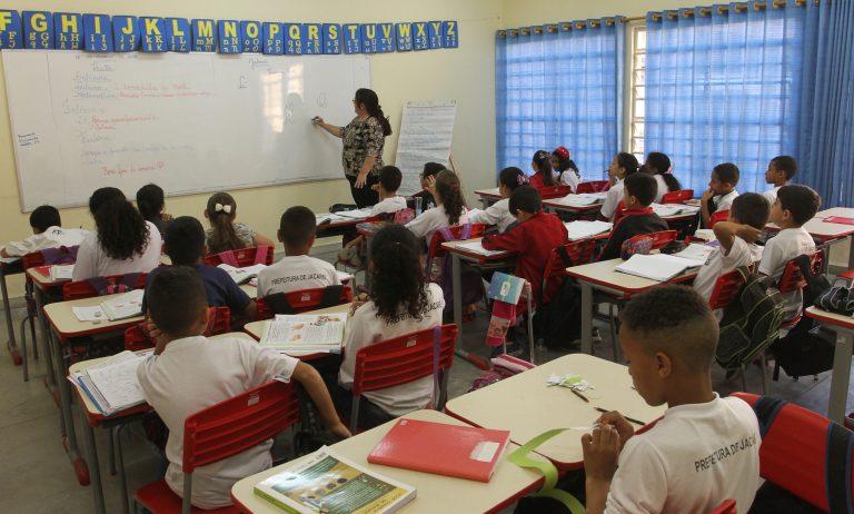 Secretaria de Educação de Jacareí faz pesquisa sobre volta às aulas presenciais