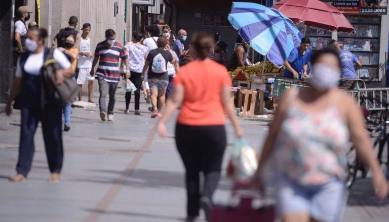 Expectativa de vida no Brasil sobe para 76,6 anos